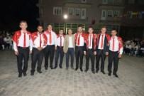 ÖZCAN DENİZ - Ataç, Kınalı Kuzuları Askere Uğurladı