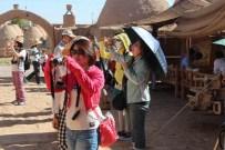 YÜKSEL ÇELIK - Tayvanlı Turistler Çinli Zannedilerek Saldırıya Uğramaktan Korkuyorlar
