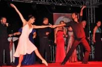 JAMES BOND - Fethiye'deki Yaz Galasında 'Su Voices' Sahne Aldı