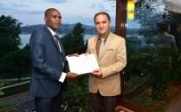 ÇAY TİRYAKİSİ - YTB Kamerun'un İlk Türkçe Bilen Diplomatını Yetiştirdi