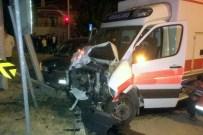 ÜNLÜPıNAR - Kelkit'te Kaza Yerine Giden Ambulans Kaza Yaptı Açıklaması 3 Yaralı