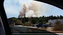 YANGIN HELİKOPTERİ - Antalya'da Orman Yangını