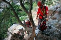 MAHSUR KALDI - Yolunu Kaybeden Tatilci 2 Saatte Kurtarıldı