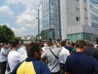 SAVAŞ GAZİSİ - Kosova'da Hükümet Protesto Edildi