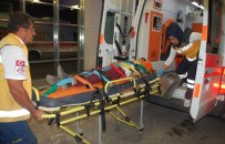 OSMAN GÜRBÜZ - Adıyaman'da Trafik Kazası Açıklaması 5 Yaralı