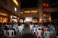 DEMET AKBAĞ - Forum Mersin'de Komedi Filmleri Gösterildi