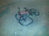 KAŞAĞı - Otomobilin Çarptığı Bisiklet Sürücüsü Öldü