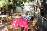 KAHVE KÜLTÜRÜ - Sıcak Havalarda İçilen Çay Ve Kahve Sıvı Kaybına Neden Oluyor