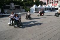 ARABA YARIŞI - Yozgat'ta Engelliler Akülü Bisikletleri İle Yarıştı