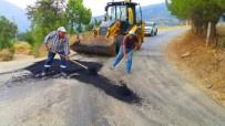 ULUDERBENT - Alaşehir'de Yol Bakım Çalışmaları Sürüyor