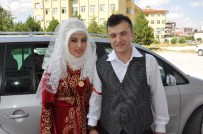 SINAV MERKEZLERİ - Düğün Günü Sınava Girdi