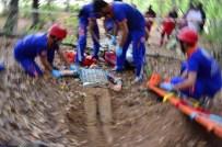 GÖLDAĞı - UMKE'den Nefes Kesen Heyelan Tatbikatı