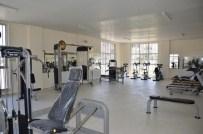 AĞIRLIK KALDIRMA - Büyükşehirden Engellilere Özel Spor Merkezi