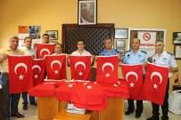 MUSTAFA DUMAN - Ayakkabıcılar Sitesi Bayraklarla Donandı