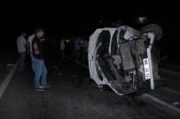 Yolcu Minibüsü İle Otomobil Çarpıştı Açıklaması 16 Yaralı