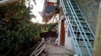Düğün Evinde Balkon Çöktü Açıklaması 4 Yaralı
