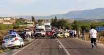 İSMAIL KURT - 3 Aracın Karıştığı Zincirleme Kazada 4 Kişi Yaralandı