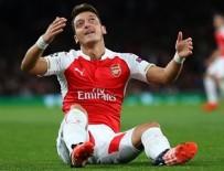 THEO WALCOTT - Arsenal kendi sahasında Olympiakos'a 2-3 yenildi