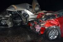 ÜNLÜPıNAR - Kelkit'te Trafik Kazası Açıklaması 1 Ölü, 2 Yaralı
