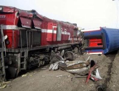 Elazığ'da İki Tren Çarpıştı