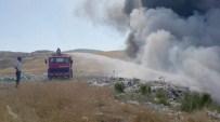 Çiçekdağı İlçe Belediyesi Çöplüğünde Yangın Çıktı