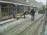 ÖZALP BELEDİYESİ - Özalp'ta Kar Yağışı
