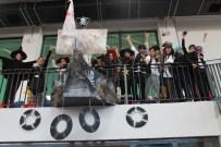 YILBAŞI PARTİSİ - TED İzmir Koleji Öğrencileri Yeni Yılı Korsan Gemisinde Karşıladı