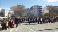 Kırşehir'de Deprem Korkusu Okulu Boşalttırdı