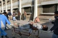 KETTA - Pakistan'da Çocuk Felci Aşılama Merkezine İntihar Saldırısı Açıklaması 15 Ölü
