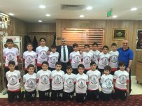 METİN ÖZKAN - Körfez Gençlerbirliği Akademispor Şampiyon Oldu