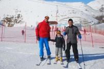 KAYAK SEZONU - Bitlis'te Kayak Sezonu Başladı
