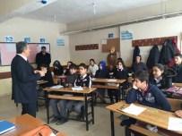 CAM KEMİK HASTASI - Muş'ta 4 Bin 330 Öğrenci Açık Öğretim Sınavına Girdi