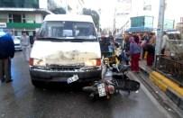 Soma'da Trafik Kazası Açıklaması 2 Yaralı