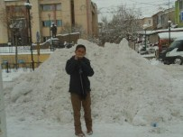 ÖZALP BELEDİYESİ - Özap'ta Kar, Hayatı Durma Noktasına Getirdi