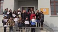 Rum Okulunda 40 Yıl Sonra Karne Heyecanı