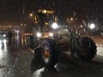 ÜNİVERSİTE KAMPÜSÜ - Büyükşehir Tüm Birimleriyle Karla Mücadele Ediyor
