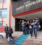 ÇAYKARA CADDESİ - Kuyumcu Gaspçılarını, 'Emanetleri Getiriyorum' Konuşması Ele Verdi