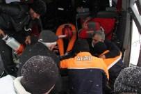 TIR'a Çarpan Yolcu Otobüsü Şarampole Yuvarlandı Açıklaması 14 Yaralı