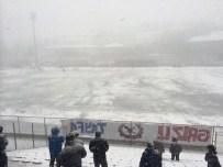 KIRIKHANSPOR - Yoğun Kar Yağışı Nedeniyle Kömürspor - Kırıkhanspor Maçı Ertelendi