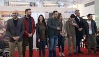ÖZLEM TOKASLAN - 'Dedemin Fişi' İzmit'te Hayranlarını Güldürdü