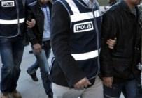 AHMET ARİF - Sahte Kimlikle Pasaport Almak İsteyen 5 Kişi Gözaltında