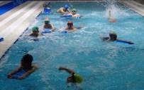 YUSUF BAŞER - Dışarıda Eksi 20 Derece Soğuk, İçeride Havuz Keyfi