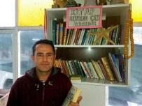 DAVUTLAR - Söke'deki Bu Kahvehanede Kitap Okuyana Çay Müessesenin İkramı