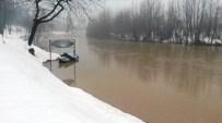 KOZCAĞıZ - Eriyen Karlar Irmak Seviyesini Yükseltti
