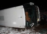 Elazığ'da Yolcu Otobüsü Devrildi Açıklaması 26 Yaralı
