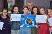 BAŞKENT ÜNIVERSITESI - Mahalleli, Umut Bebeği Konfetilerle Kapıda Karşıladı