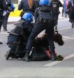GENÇLIK PARKı - Ankara'daki '10 Ekim' Eylemlerinde, 74 Kişi Gözaltına Alındı