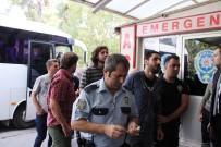 KARŞIT GÖRÜŞLÜ ÖĞRENCİLER - Üniversitede Gerginlik Açıklaması 17 Gözaltı