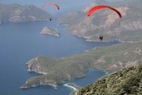 YAMAÇ PARAŞÜTÜ - 17. Uluslararası Ölüdeniz Hava Oyunları Festivali Başladı