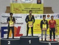 AVRUPA ŞAMPİYONU - Akhisarlı Güreşçiler, Balkanlardan 2 Altın Ve 1 Bronz Madalya İle Döndüler